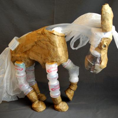 Skultpur aus Plastik, Charakterdesign,